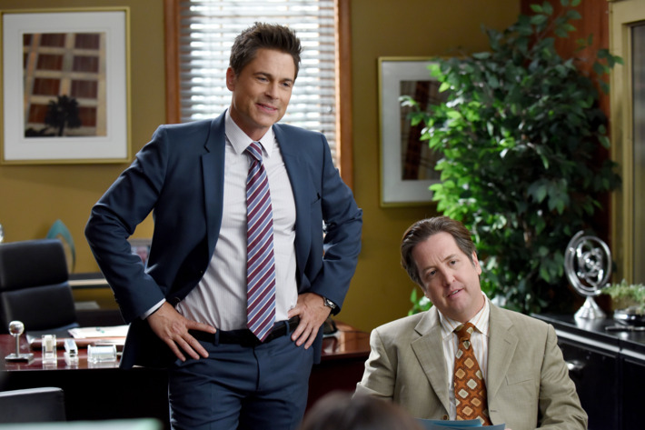 "THE GRINDER: L-R: Rob Lowe and guest star Steve Little in the ""A System On Trial"" episode of THE GRINDER airing Tuesday, April 12 (9:30-10:00 PM ET/PT) on FOX.  ©2016 Fox Broadcasting Co.  Cr:  Ray Mickshaw/FOX"
