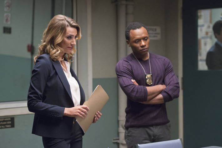 Jessica Harmon as Dale, Malcolm Goodwin as Clive.