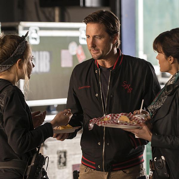 Imogen Poots as Kelly Ann, Luke Wilson as Bill and Carla Gugino as Shelli.