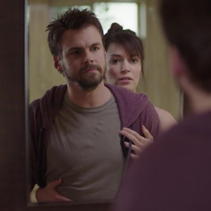 Tommy Dewey as Alex, Britt Lower as Sarah.