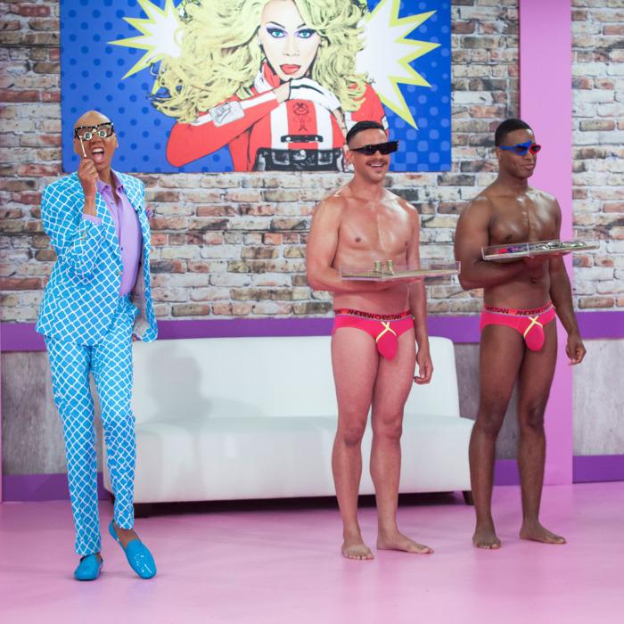 RuPaul's Drag Race All Stars Episode 1