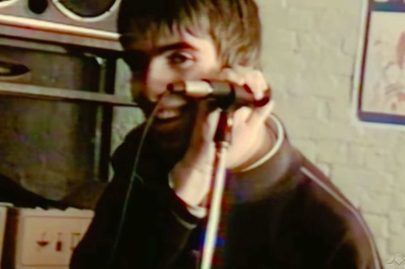 Oasis' Supersonic Documentary Trailer: A Tale of Two Brothers