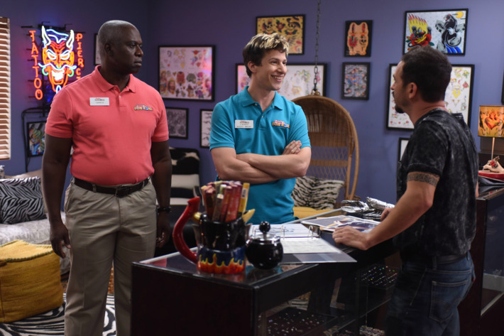 "BROOKLYN NINE-NINE: L-R: Andre Braugher and Andy Samberg in the ""Coral Palms Pt.1"" season premiere episode of BROOKLYN NINE-NINE airing Tuesday, Sept. 20 (8:00-8:31 PM ET/PT) on FOX.  ©2016 Fox Broadcasting Co. CR: Ray Mickshaw/FOX."