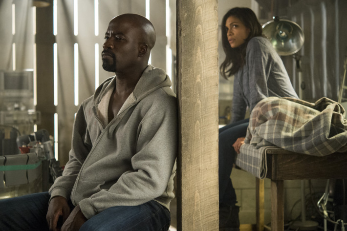 Mike Colter as Luke, Rosario Dawson as Claire.