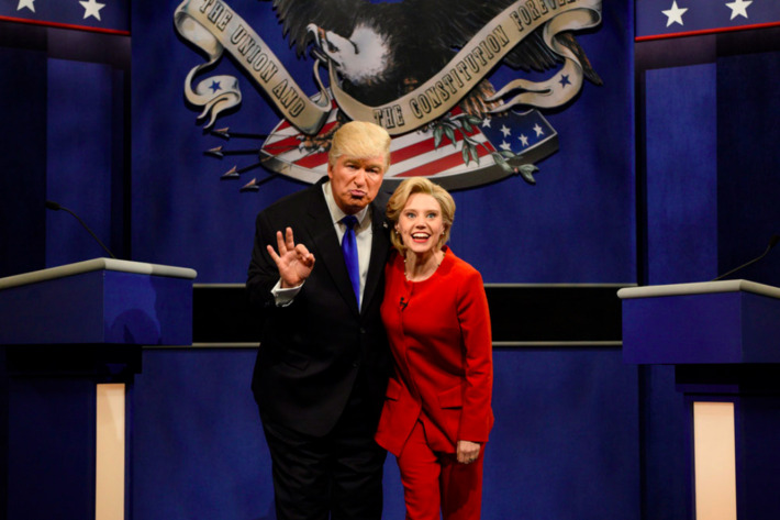 Alec Baldwin as Donald Trump, Kate McKinnon as Hillary Clinton.