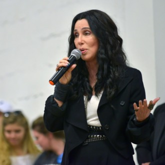Cher Campaigns For Hillary Clinton