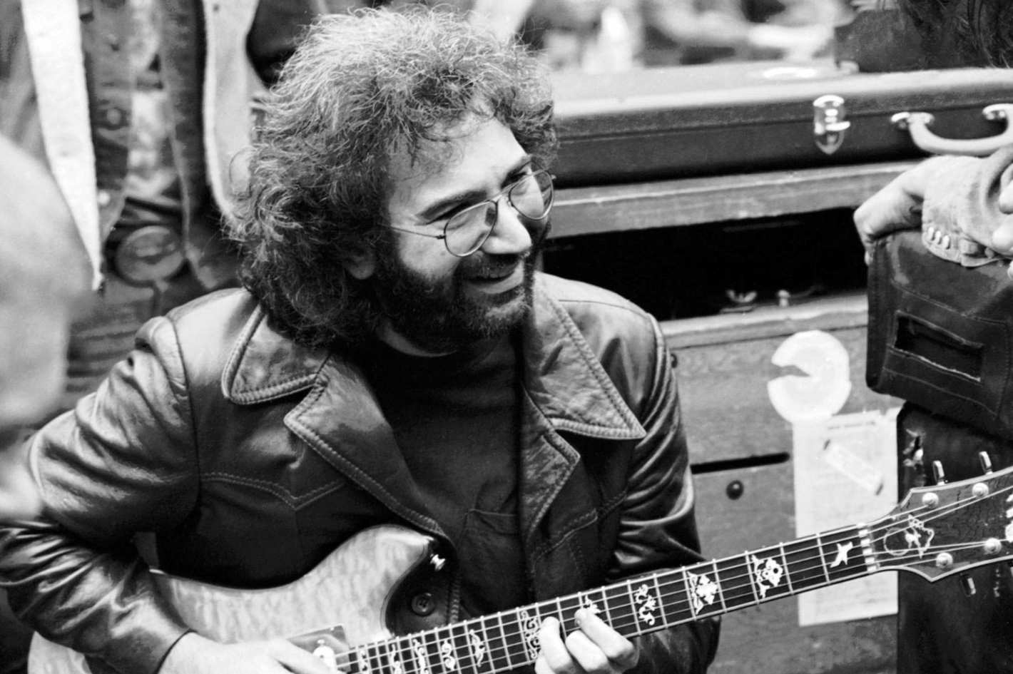 Long Strange Trip The Definitive Grateful Dead Documentary Nostalgia For Future How To Tie A