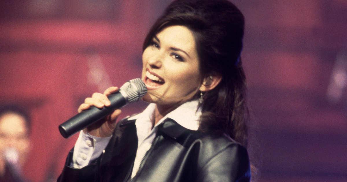 The Best Shania Twain Songs to Sing at Karaoke
