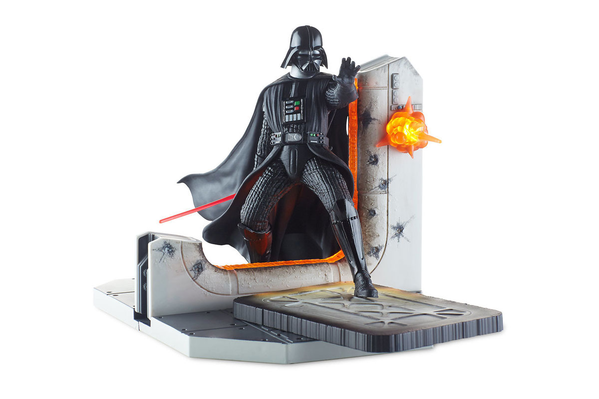 Darth Vader Light-Up Centerpiece