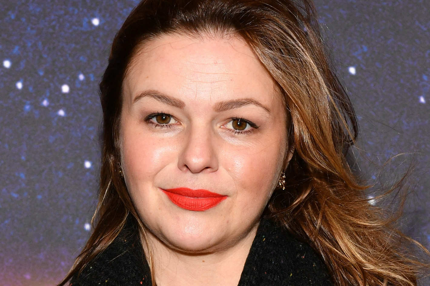 amber tamblyn writes op-ed about red carpet beauty standards