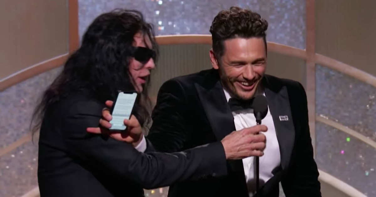 5c6214037031 Should James Franco Have Blocked Tommy Wiseau From the Mic