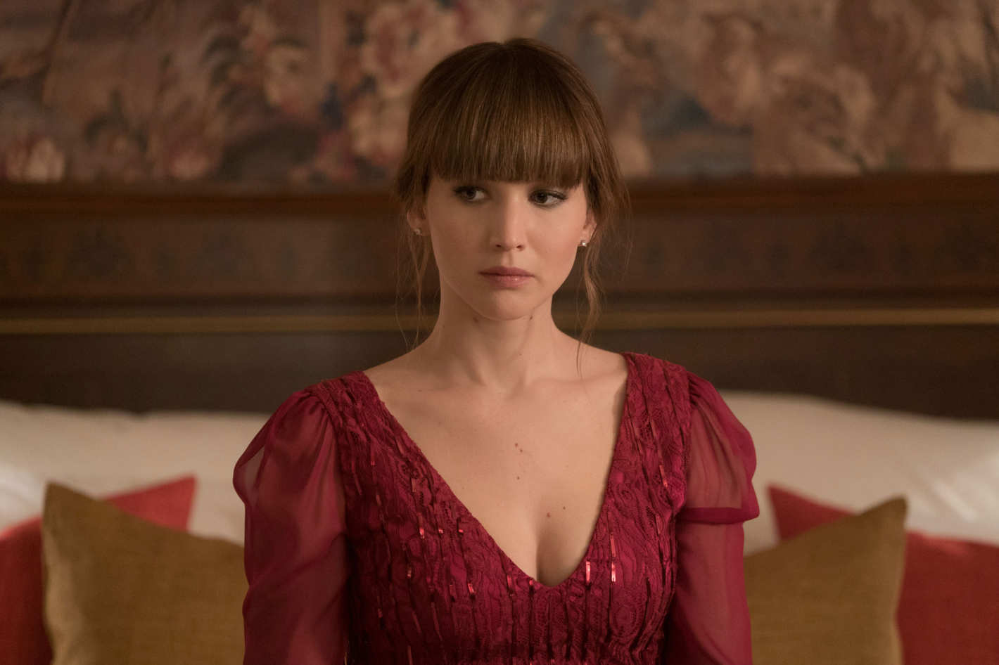 Give Jlaw S Bangs An Oscar For Their Red Sparrow Performance