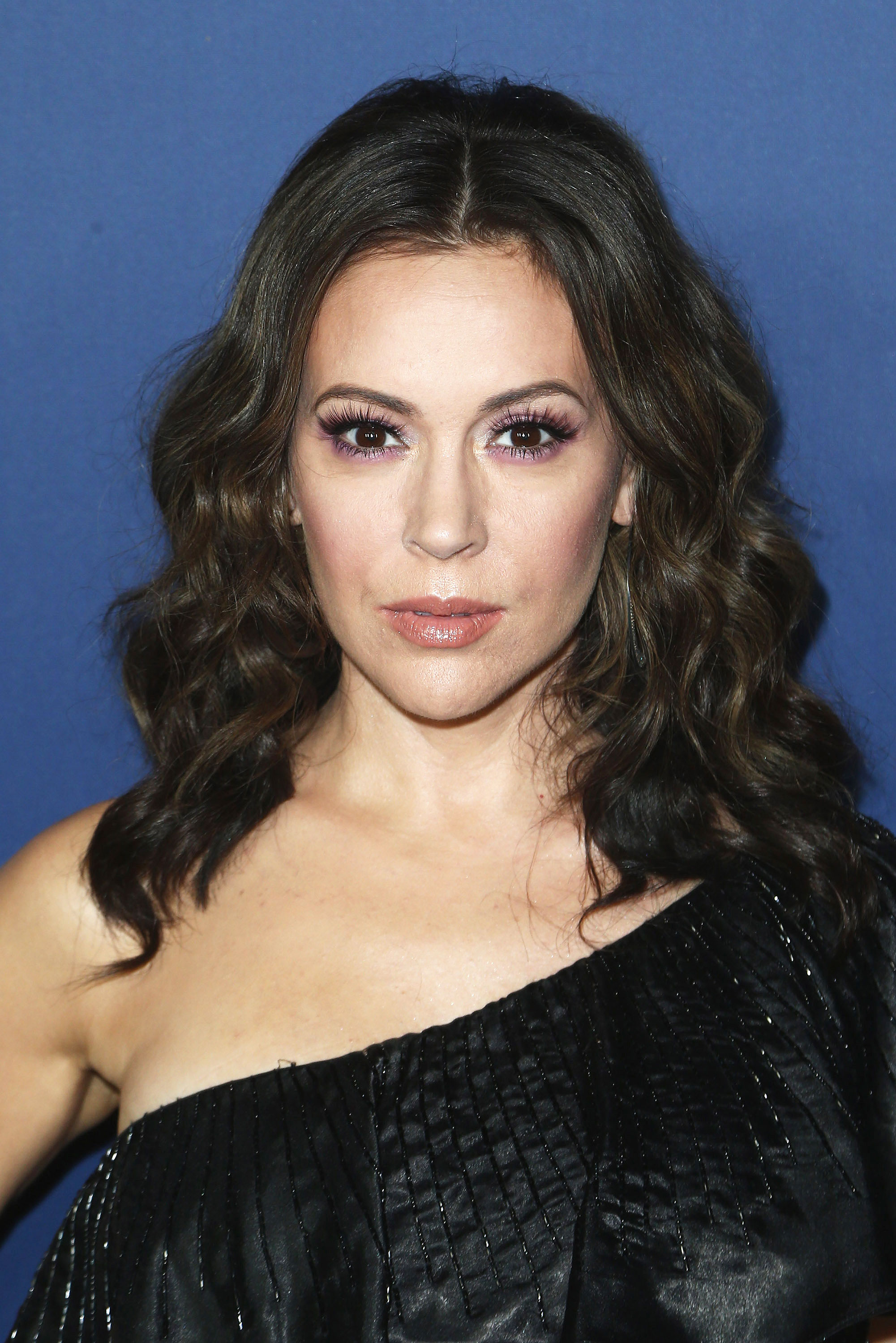 Alyssa Milano nude photos 2019