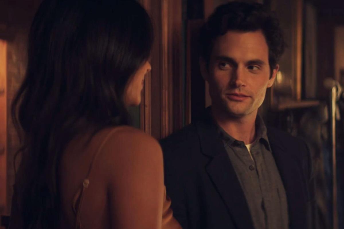 You Recap Season 1, Episode 5: 'Living with the Enemy'
