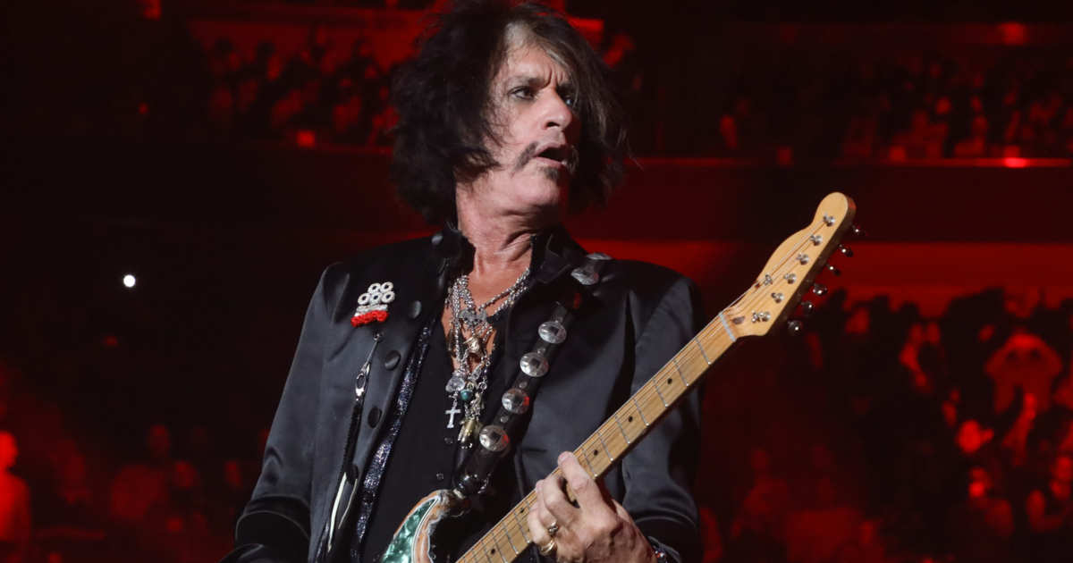Joe Perry Hospitalized After Collapsing at Billy Joel Gig