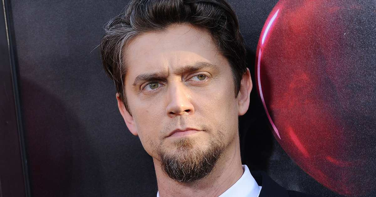 Andy Muschietti In Talks To Direct The Flash Movie, Meaning We Won't See Ezra Miller's Version