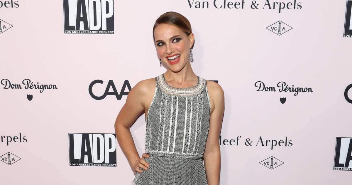 Natalie Portman Got Signed Baby-Sitters Club Book, Lost Mind