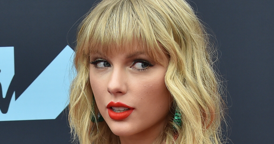 Taylor Swift is the Reason Your Favorite Sports Team Keeps Losing, Probably