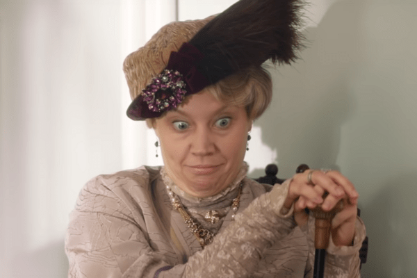 The Stakes Have Never Been Lower in SNL's Downton Trailer