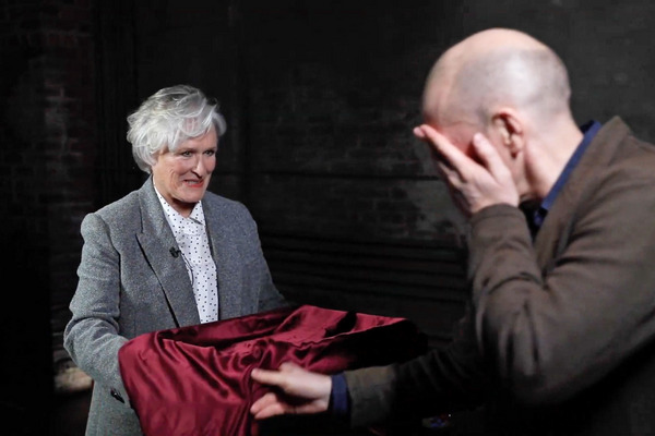 Anyway, Here's Glenn Close Repeatedly Slapping a Mentalist