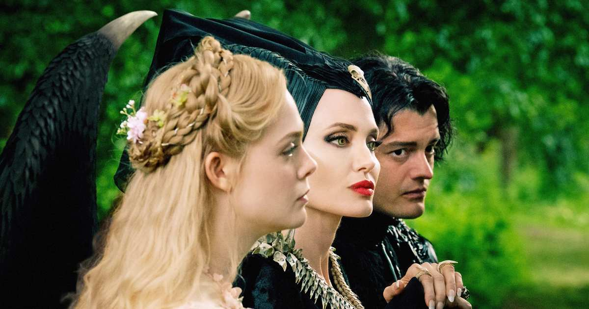 In Maleficent: Mistress of Evil, Angelina Jolie and Michelle Pfeiffer Lose Out to CGI Flowers