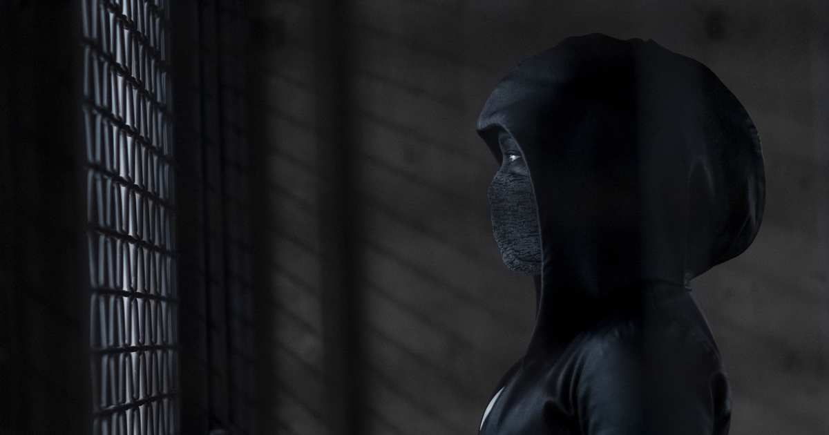 Watchmen's Superhero Dystopia Succeeds on Sheer Nerve