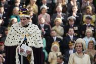 The Crown Recap: Duty Calls
