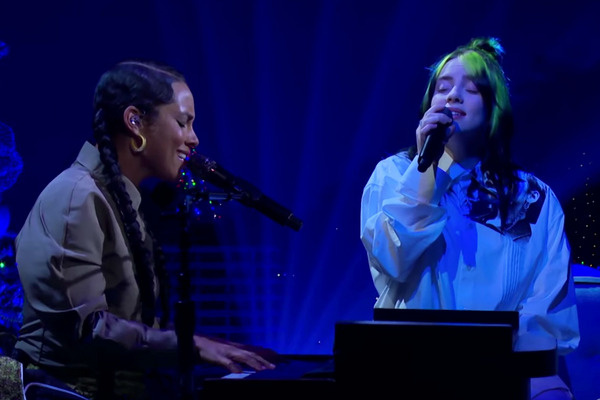 Billie Eilish and Alicia Keys Duet on 'Ocean Eyes' for an All-Female Late-Night Audience