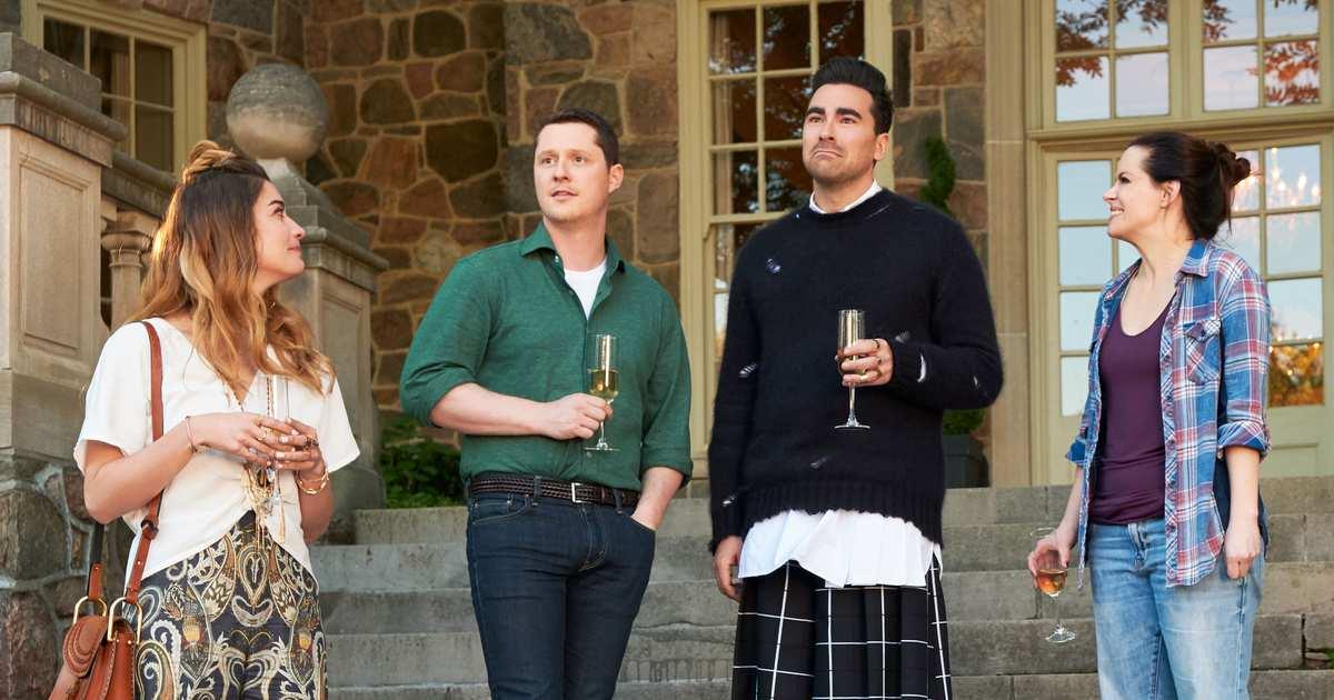 Schitt's Creek Season-Premiere Recap: Out of the Closet