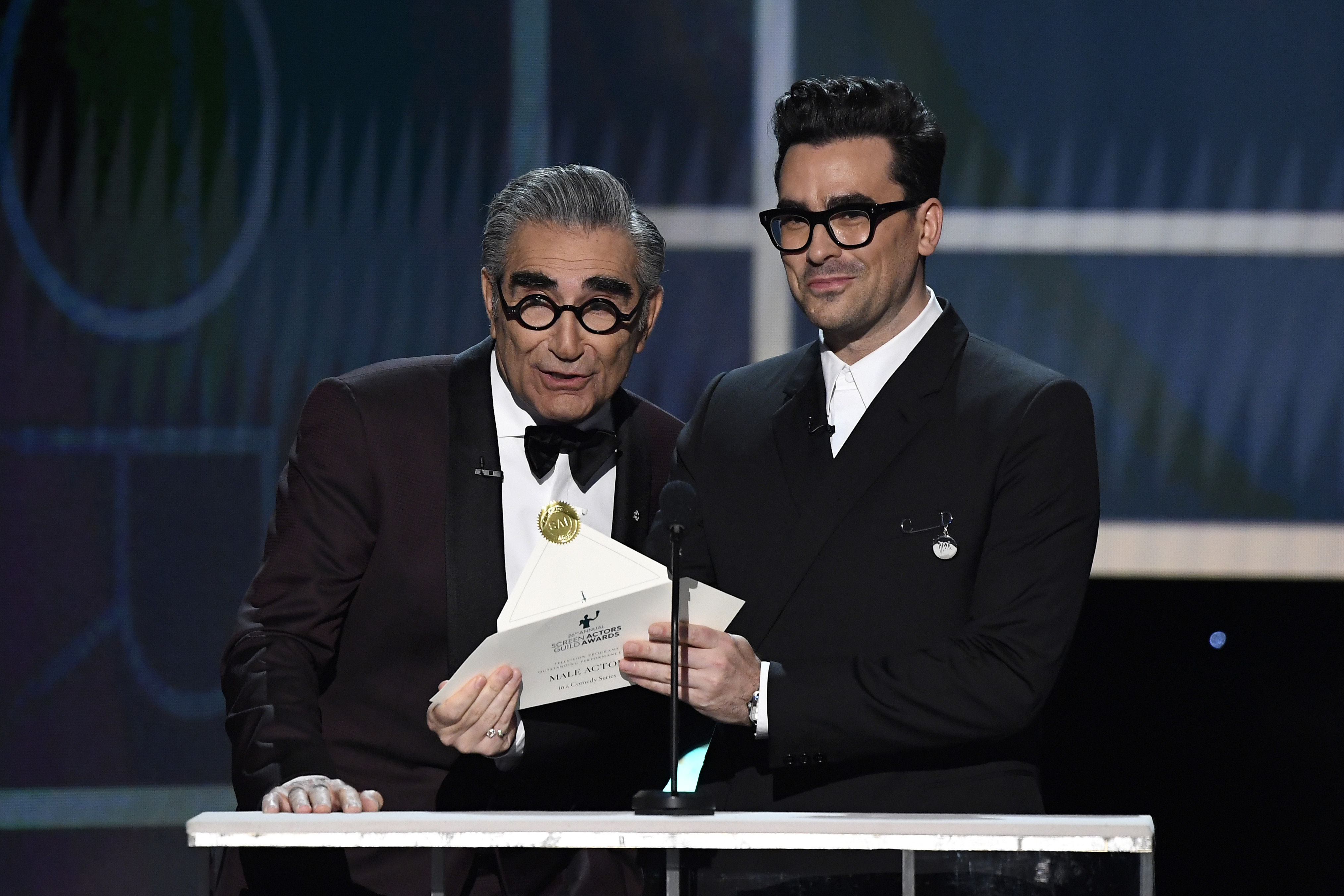 Watch Eugene Levy Go Full Dad Mode at the SAG Awards