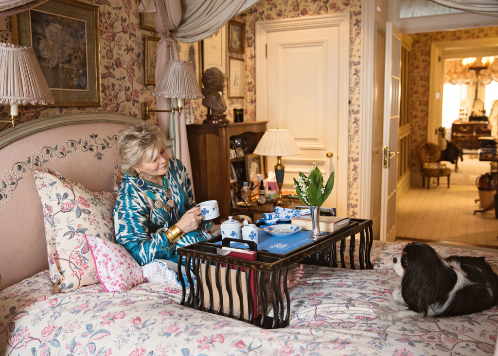 Inside Susanna Salk's At Home with Dogs and their Designers on retirement dogs, law dogs, school dogs, new york dogs, home defense dogs, home security dogs, food dogs, health dogs, baby dogs, pets dogs, animals dogs,