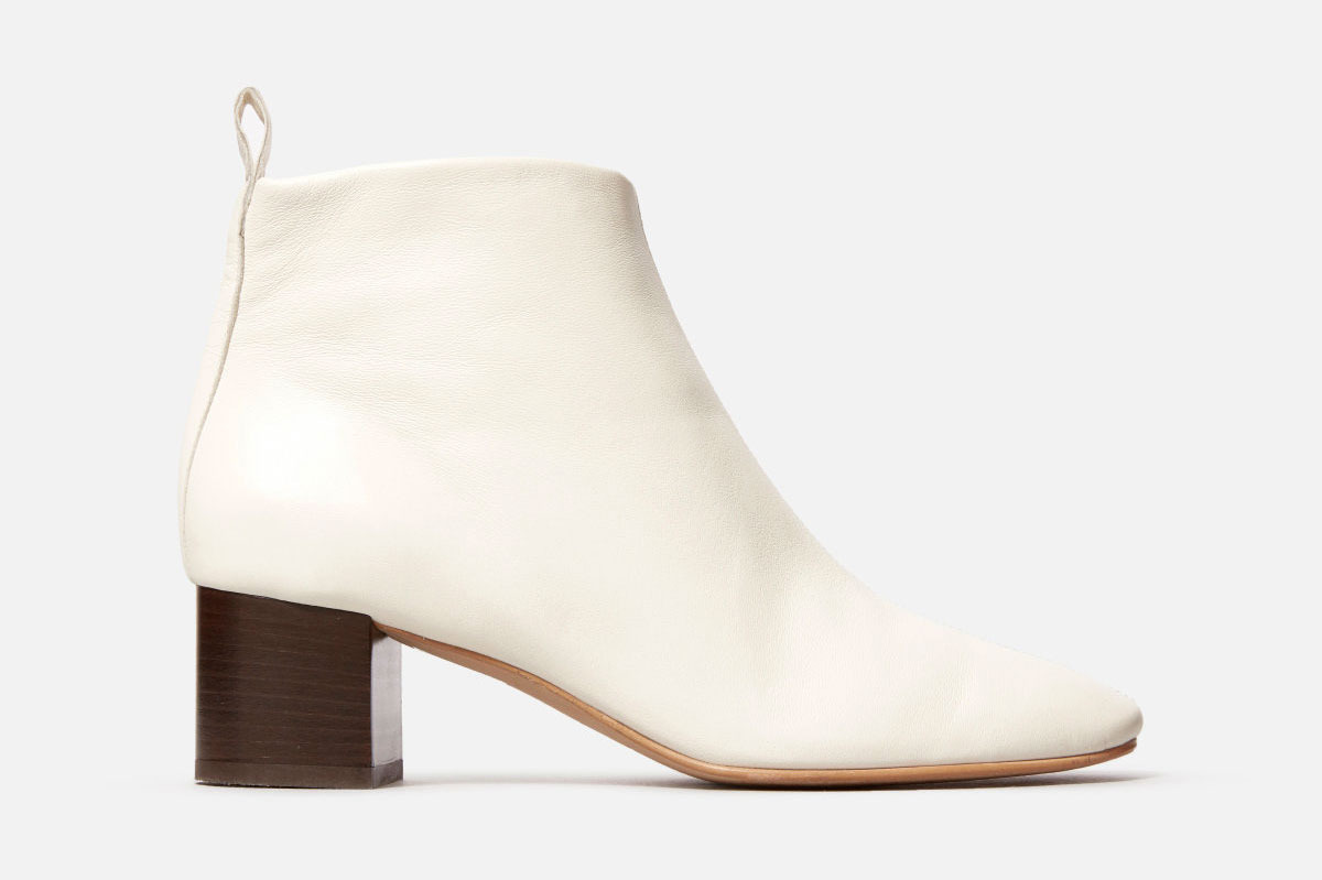 Everlane The Day boot in bone
