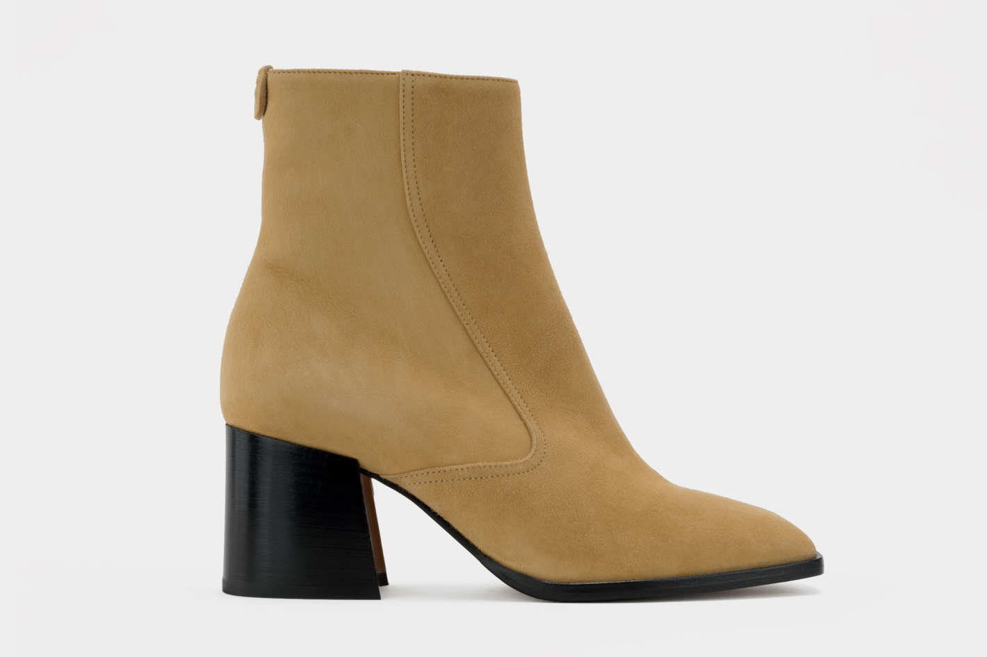 Jules boots in flax suede