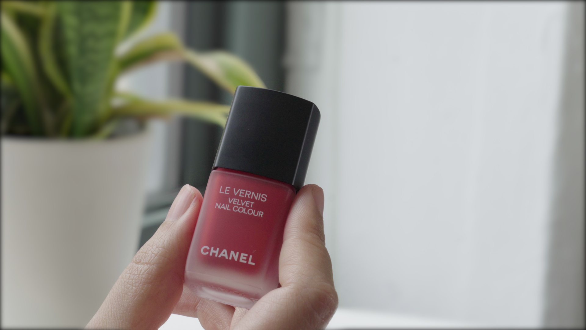 Chanel\'s New Red Nail Polish Looks Like Velvet