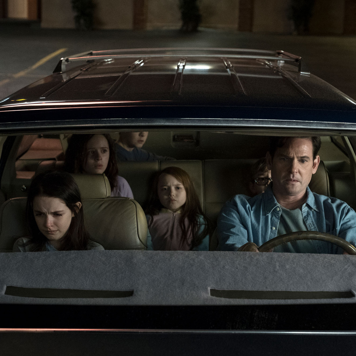 How Scary is The Haunting of Hill House? 13 Scariest Moments