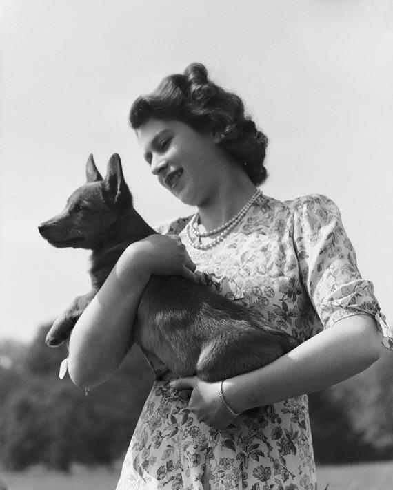 Queen Elizabeth and a corgi.