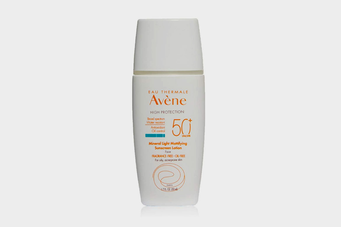 Avène Mineral Light Mattifying SPF 50 Plus Sunscreen Lotion