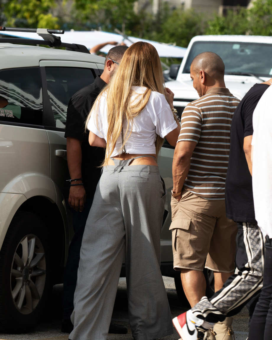 b33c20b22664 Jennifer Lopez Wore Thong Pants Meant for the Office