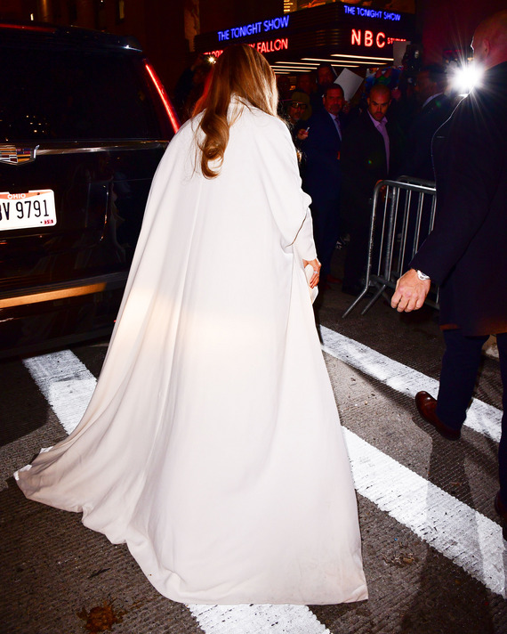 Jennifer Lopez wears Stephane Rolland coat