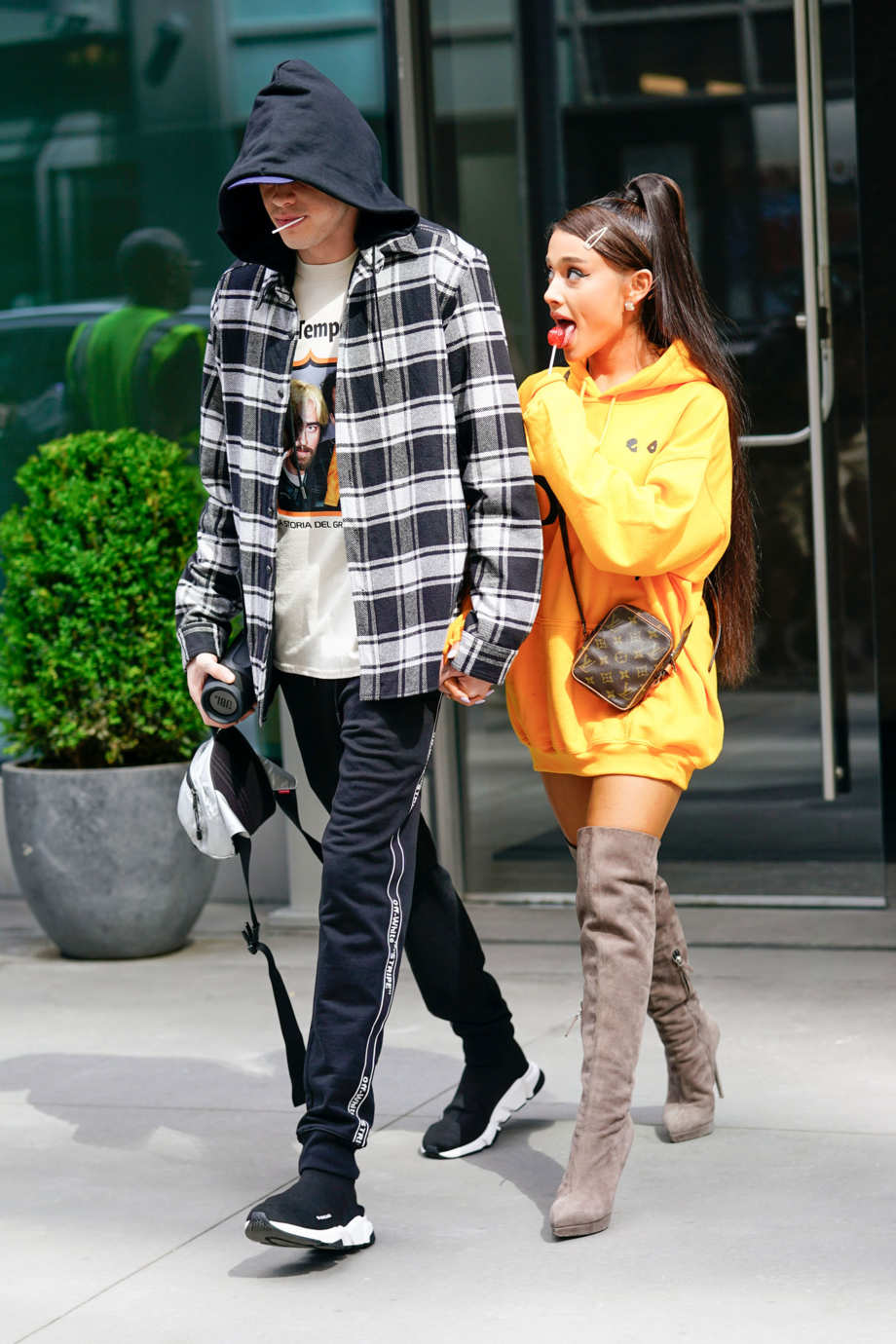 0c8e3f84ae2 The 18 Best Celebrity Style Moments of 2018
