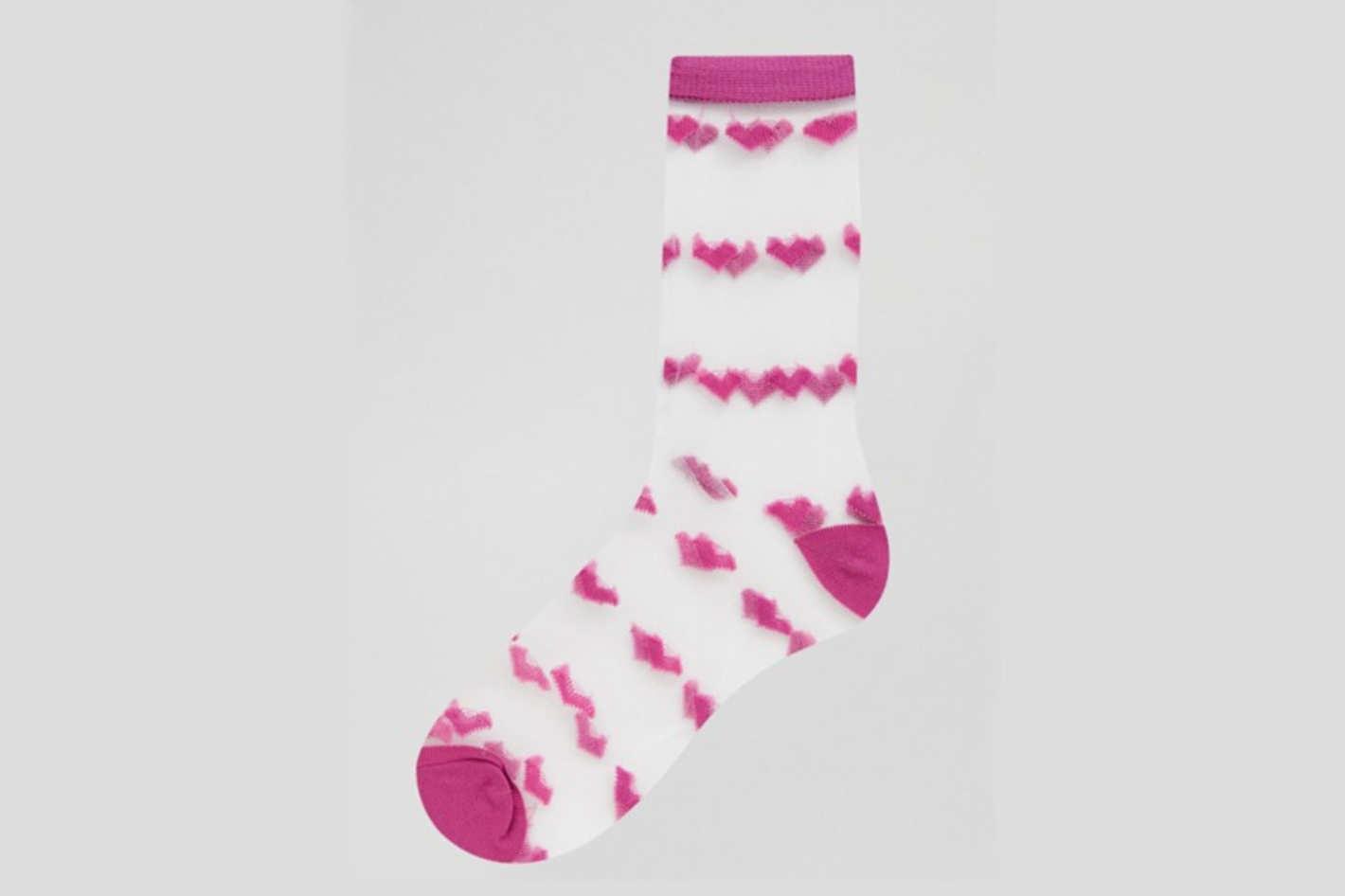 Gipsy Sheer Mesh Heart Ankle Socks in Pink