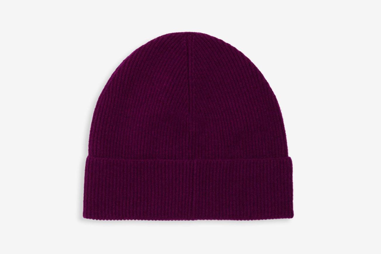 6da5f22531097 15 Women on Ways to Wear Hats This Winter