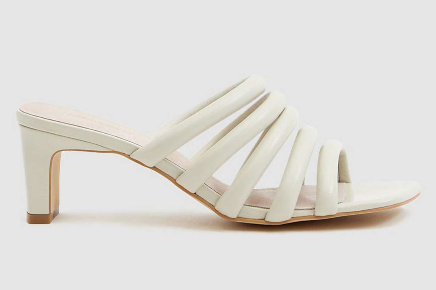Intentionally Blank Willow III Leather Heel in Cream