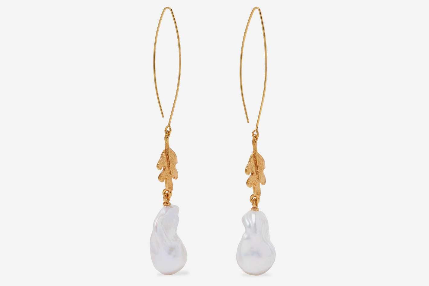 Oscar de la Renta Gold-tone Pearl Earrings