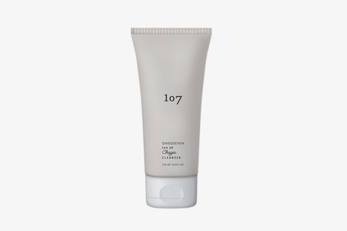 107 Oneoseven Low pH Chaga Cleanser