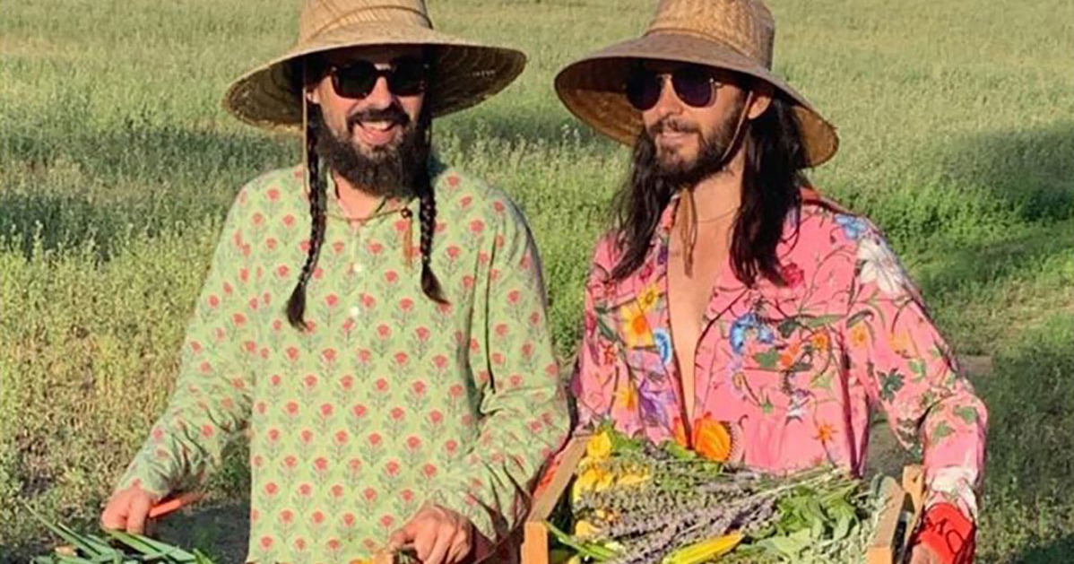 Imagine Running Into These Two at the Farmers Market