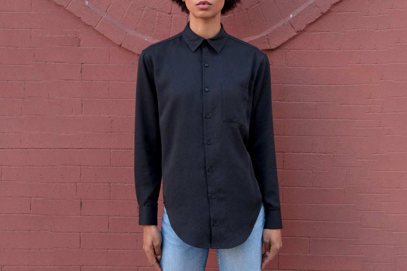 The Oxford in Matte Black Lyocell