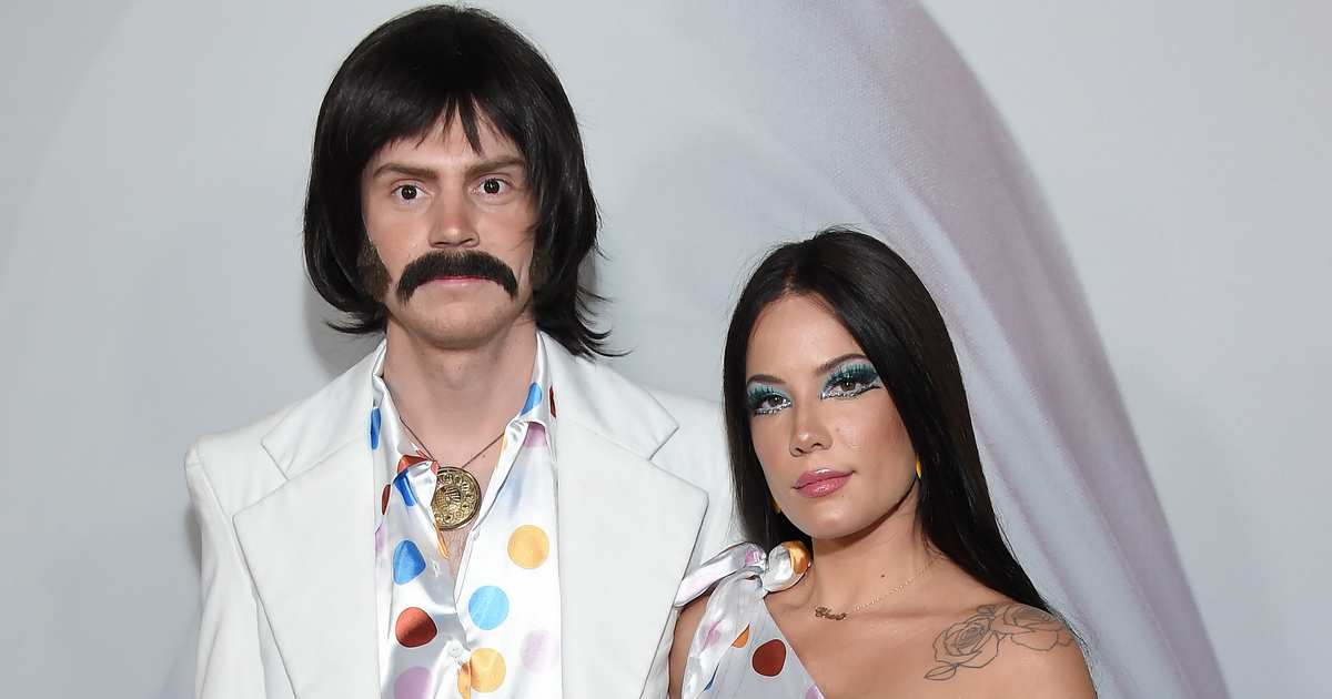 Halsey and Evan Peters Win the Halloween Couple Costume Game