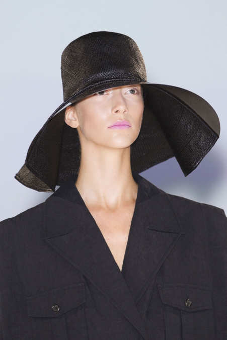 Detail Photo 1 from Hussein Chalayan