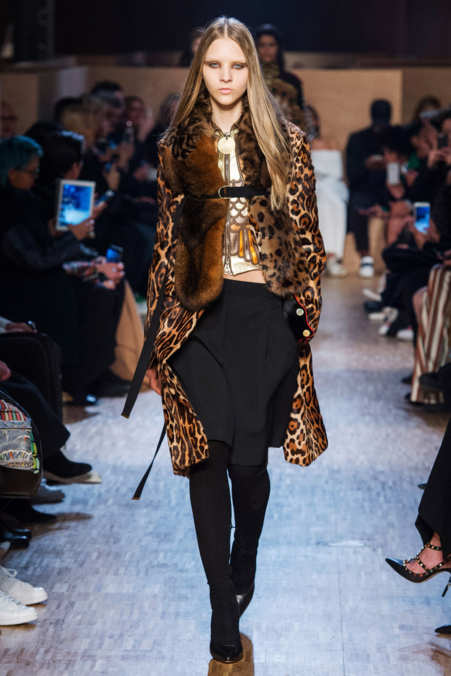 Photo 3 from Givenchy